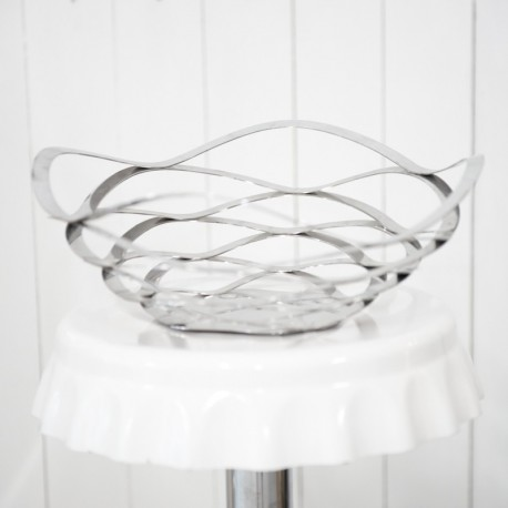 Sleek Metal Bowl for Weddings and Parties