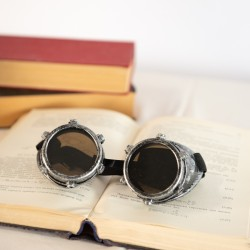 Rent: Steampunk Aviator Goggles (Grey)