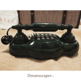 Rent: Vintage Retro Phone (Green)