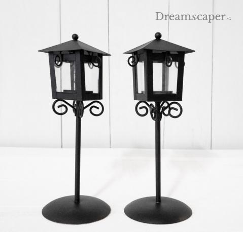 Black tealight holder lamp post