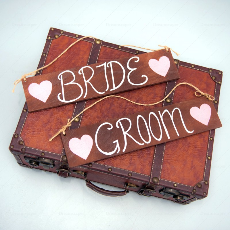 Wedding Decor Rental Singapore: Rent: Mr And Mrs Wooden Signs