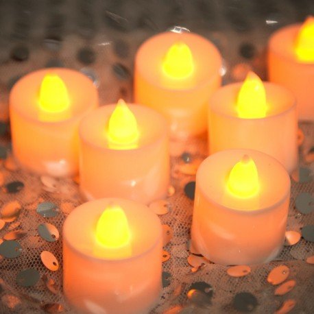 Rent: Yellow Tea Lights Candles