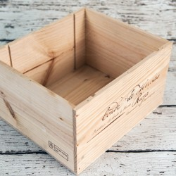 Rent: Wooden Wine Crate (Sq Large)