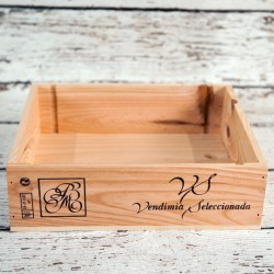 Rent: Wooden Wine Crate (Sq Small)