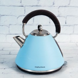 Rent: Retro Vintage Kettle (Blue)