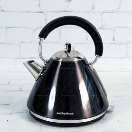Rent: Retro Vintage Kettle (Black)