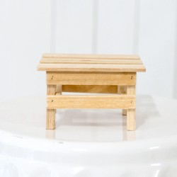 Rent: Wooden Riser Bench